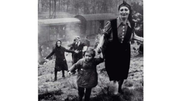 prigionieri ebrei liberati 1945 – Copia