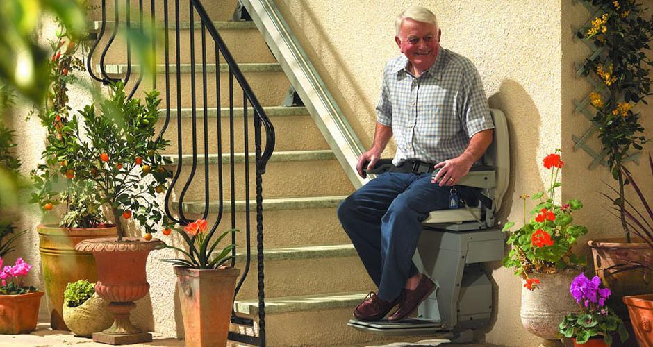 Speciale Montascale per disabili: tempi, costi ed autorizzazioni