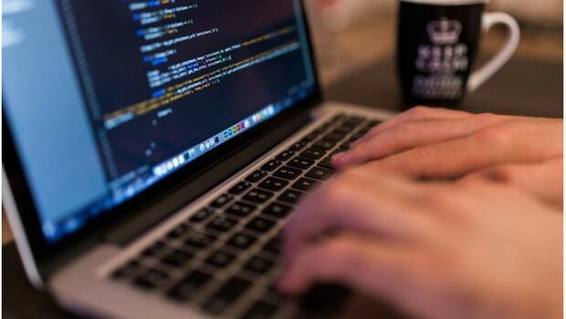 Lavoro e tecnologia, anche in Italia si ricercano le nuove professioni
