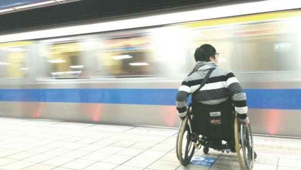 Muoversi a Napoli, un problema per i disabili
